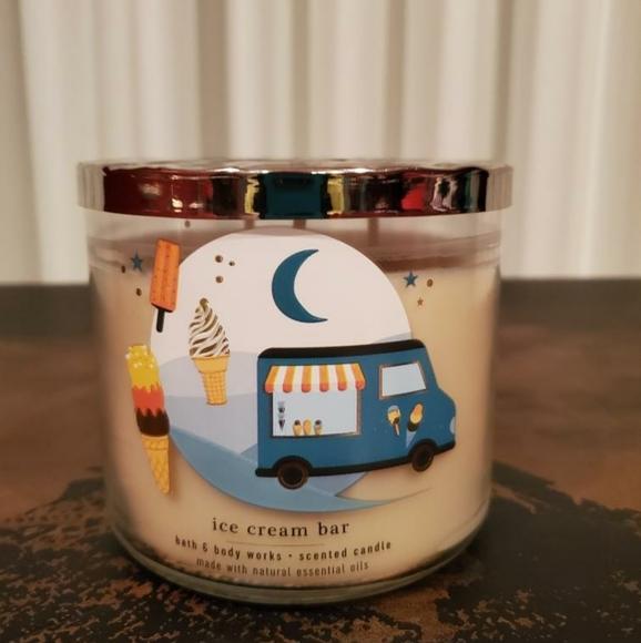 Ice cream bar bath & bodyworks 3-wick candle